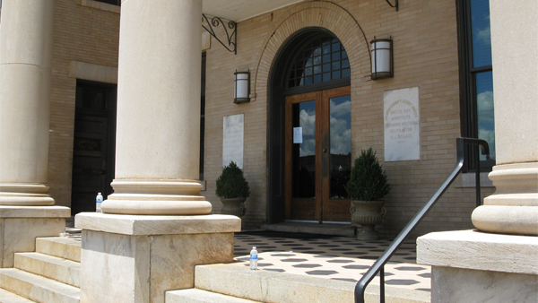 Jasper County Courthouse Steps 2012